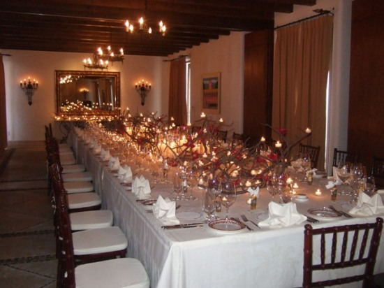 ventanas wedding royal table decor